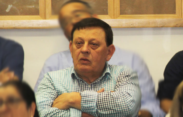 Prefeito Ivo é absolvido e permanece no cargo