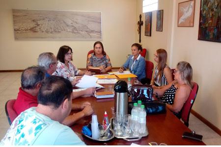 Secretária da Fazenda detalha Projetos de Lei na Câmara de Vereadores