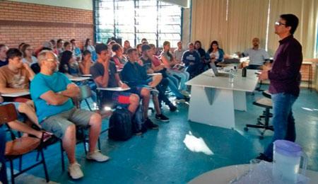 Curso de Administração realizou Aula Inaugural na Uergs de Tapes