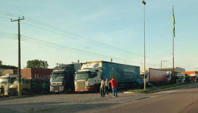 Motoristas de carga: explorados e sub-representados