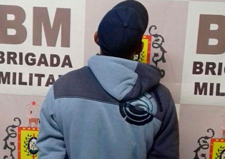 Brigada Militar de Sentinela do Sul prende homem com mandado de prisão