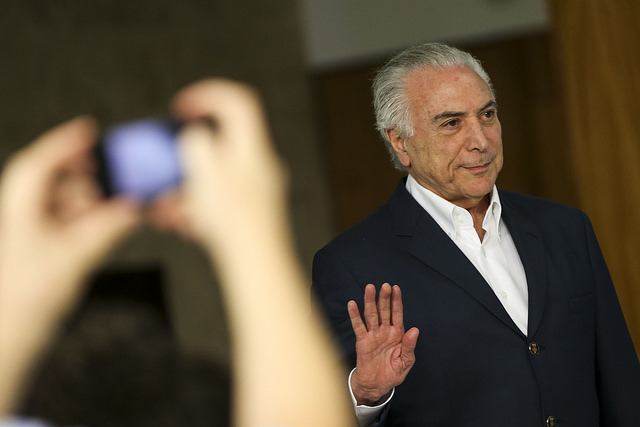 Justiça proíbe Temer de transferir R$ 203 milhões de áreas sociais para propaganda