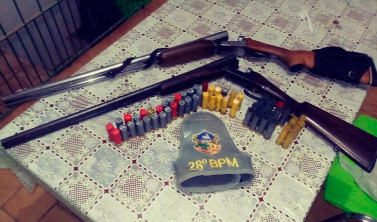 Brigada militar prende homens com espingardas em Barão do Triunfo