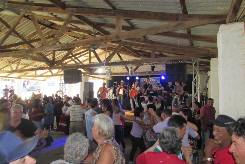 Festa de Cristo Rei em Sertão Santana (Vídeo)