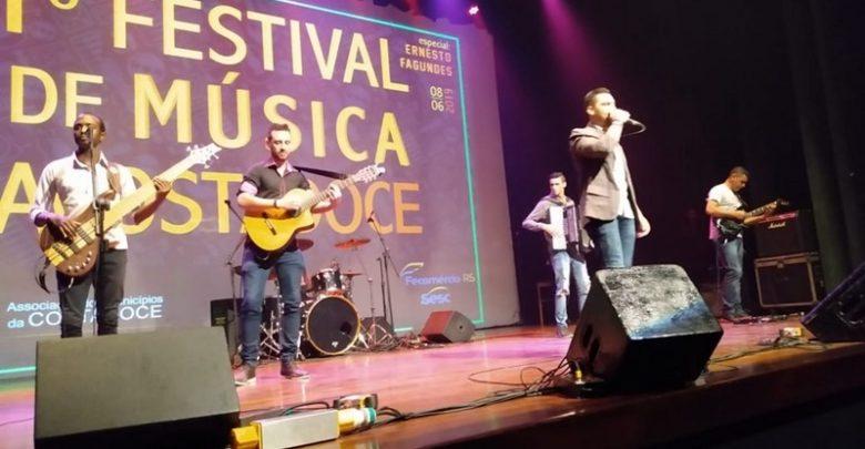 db44442e1f1f 1º Festival ACOSTADOCE de Música, sucesso total – Portal ClicR