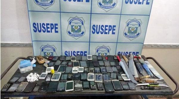 Operação da Susepe retira 70 celulares no Presídio de Camaquã