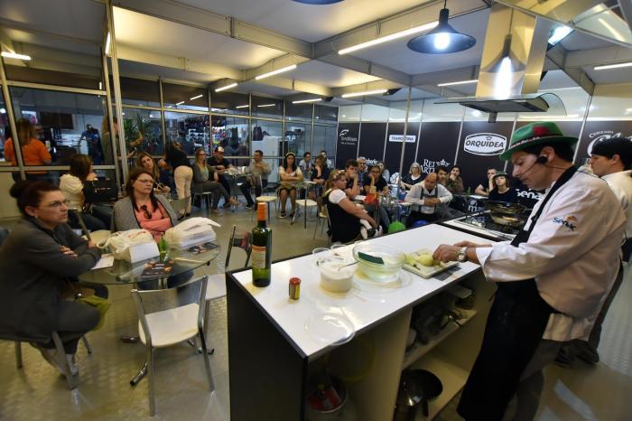 Escola de Gastronomia é o tempero especial da 35ª Oktoberfest Santa Cruz do Sul