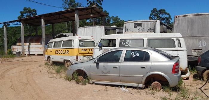 Prefeitura de Mariana Pimentel fará leilão de veículos e outros bens inservíveis