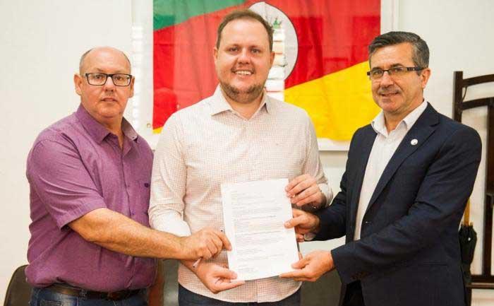 Emater/RS-Ascar recebe R$ 1 milhão do Mapa para compra de novos veículos
